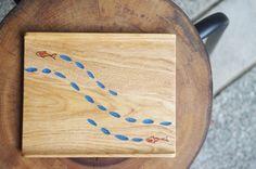 木のトレー 魚と川 - nameless