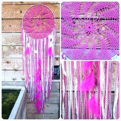Attrape rêve,  big dreamcatcher 50cm de diamètre couleur rose flash et blanc