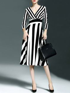 CYANINE SEA Paneled Healthy fabric Midi dress