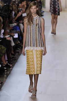 Tory Burch - NYC Fashion week 2014 playing with colors & textures