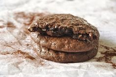 Chocolate cookies without flour and butter / Flourless chocolate walnut cookies Brownie Cookies, Chocolate Cookies, Chip Cookies, Walnut Cookies, Flourless Chocolate, Flourless Brownie, Thumbprint Cookies, Gluten Free Recipes, Sweet Treats