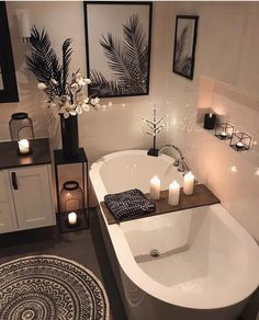 30 Adorable Contemporary Bathroom Ideas to Inspire - .- 30 entzückende zeitgenössische Badezimmer-Ideen zu inspirieren – 30 adorable contemporary bathroom ideas to … - Bathroom Goals, Bathroom Organization, Bathroom Storage, Organization Ideas, Storage Ideas, Contemporary Bathrooms, Contemporary Vanity, Contemporary Home Decor, Modern Decor