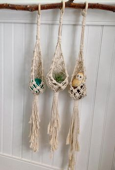 Nest. This is for 1 piece of handmade macrame hanging Easter basket or nest, perfect as wall décor or as a gift. The piece is made of unbleached cotton cord. Size of the cord is 4mm. Estimated Width: 6 inches Estimated Length: 30 inches Orders can take only 1 week including shipping.