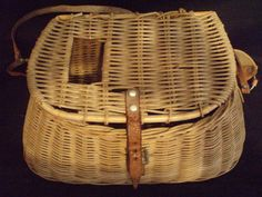 vintage fishing creel basket willow and leather FREE SHIP  $80.00 OBO
