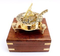Earnest Nautical Collectible Sundial Compass Marine With Antique Leather Case Durable Service Antiques