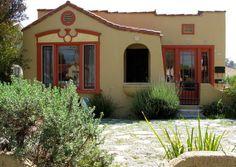 Small spanish style homes small spanish style home for Spanish bungalow exterior paint colors