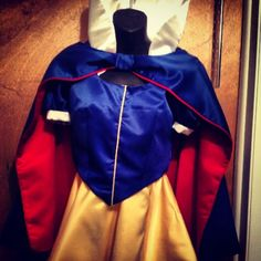 Snow White running costume. This is lined with a moisture wicking performance fabric to allow temperature control on your run. Follow us www.facebook.com/sherrydesignedit
