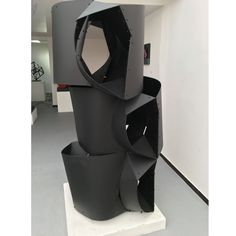 Available for sale from Leon Tovar Gallery, Edgar Negret, Navegante Painted aluminum, 107 × 51 × 37 in