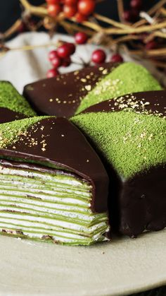 Recipe with video instructions: Whipped cream, chocolate and gold leaf make this the most stunning use for matcha yet. Ingredients: For the crepes:, 3 eggs, 1 cups milk, 1 tablespoon. Cake Matcha, Matcha Dessert, Food Cakes, Cupcake Cakes, Green Tea Dessert, Cake Recipes, Dessert Recipes, Green Tea Recipes, Crepe Cake