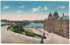Starý most, vládna budova Bratislava, Old City, Old Photos, Louvre, Nostalgia, Urban Design, Retro, Travel, Times