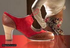 https://www.tamaraflamenco.com/es/zapatos-de-flamenco-profesionales-4 Zapato profesional de flamenco Begoña Cervera Modelo Cordoneria ante rojo