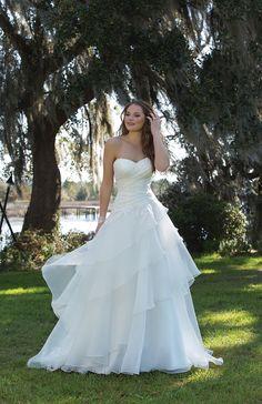 Style 6182, Sweetheart wedding dress #weddingdress