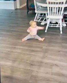 Cute Funny Baby Videos, Funny Baby Memes, Cute Funny Babies, Funny Videos For Kids, Super Funny Videos, Funny Short Videos, Funny Video Memes, Funny Animal Videos, Cute Funny Animals