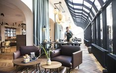 Located by the city lakes in central Copenhagen, this eco-friendly hotel offers a Nordic-style breakfast buffet featuring organic foods. Kong Arthur, Copenhagen Hotel, Hotels, City Break, Nordic Style, Hotel Offers, Denmark, Places To Visit, Restaurant
