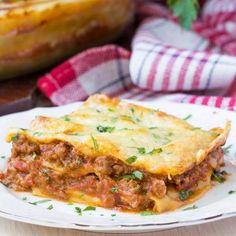 Bolognai lasagne Recept képpel - Mindmegette.hu - Receptek Vinaigrette, Lasagna, Bacon, Food And Drink, Lunch, Beef, Breakfast, Ethnic Recipes, Desert Recipes