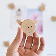 Super cute wooden animal magnets from Petite Pippin http://www.petitpippin.com/blog/2015/1/27/diy-wooden-animal-magnets