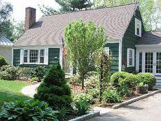 Rowayton house rental - Front yard and gardens