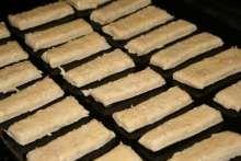 Bryndzové tyčinky • Recept   svetvomne.sk Desserts, Food, Tailgate Desserts, Deserts, Essen, Postres, Meals, Dessert, Yemek