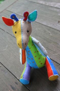 G is for Giraffe : completely hand sewn sewing por ricracsews