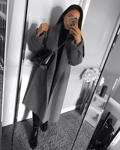 View all pictures, buttons and outfits from Karolina Cruz ( on 21 Buttons Casual Winter Outfits, Edgy Outfits, Fall Outfits, Cute Outfits, Fashion Outfits, Womens Fashion, Hijabs, April 21, Classy Casual