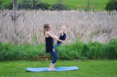 Some easy mommy and me yoga tips. These poses are great for any skill level, even if you have never done yoga before. You and your toddler will love these! Mom And Baby Yoga, Yoga For Kids, Mommy And Me, Toddler Yoga, Family Yoga, Yoga For Stress Relief, Partner Yoga, Basic Yoga, Yoga Tips
