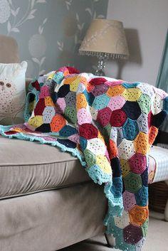 Ravelry: Weekender Blanket pattern by Sandra Paul