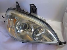 UsedUsed Item 100% Original Best Offers Fast Shipping Special 02-05 Mercedes Benz ML500 Headlight Head Lamp RH Right OFFER 02-05 Mercedes Benz ML500 Headlight Head Lamp RH Right The available item is a used 02-05 Mercedes Benz ML500 Headlight Head Lamp RH Right It is in very good working condition. Please view photos f