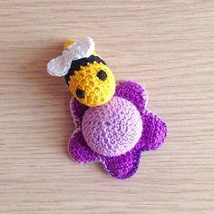 La piccola bottega della Creatività: Ape e fiore amigurumi - tutorial uncinetto free crochet pattern