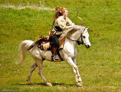 Mounted Archery? Too cool!