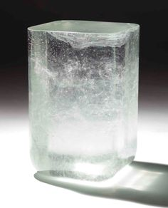 Side Table Bing One by Martin Szekely (2006). Made of molten crystal poured into a mould, it has to cool for three months before it can be opened