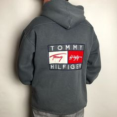 """RETROAREA on Instagram: """"🚨NEW IN🚨Vintage Tommy Hilfiger Pieces ab jetzt online! Holt euch was direkt über unsere neue """"SORT BY"""" Funktion: www.retroarea.de/sort-…"""" Vintage Clothing, Vintage Outfits, Online Thrift Store, Thrifting, Tommy Hilfiger, Hoodies, Sweaters, Clothes, Instagram"""