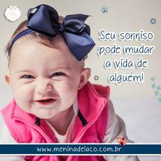 S O R R I A ♥ #faixarafaela #meninadelaco #ensaiofotografico #felicidade #lacoparacabelo #meninadelacosempre #acessoriodecabelo #lacos #tiaras #faixas