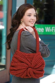 Crocheted swirl handbag