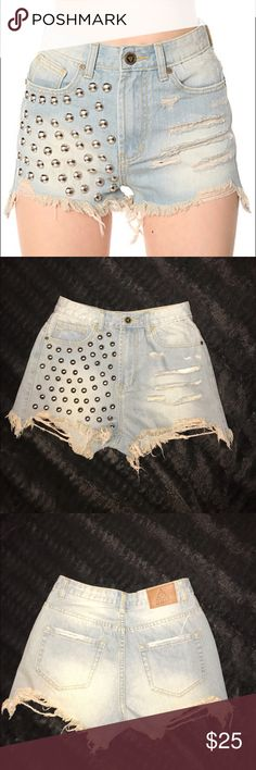UNIF Stunna Studded Shorts Size 28 These awesome shorts are in size 28! Worn once! 100% Cotton! Sure to give off major rock star vibes!✌️ UNIF Shorts Jean Shorts
