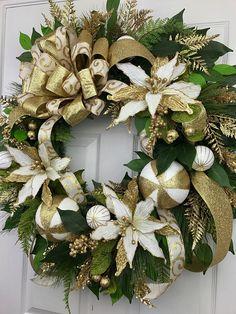 Christmas Wreath Gold Wreath Gold Christmas Poinsettia