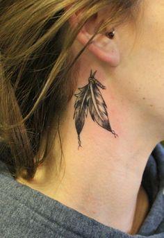 15-Feather-Behind-ear-tattoo.jpg (600×874)