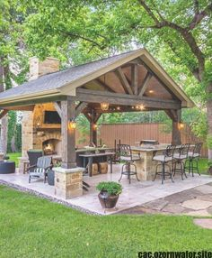 Outdoor Kitchen Patio, Small Backyard Patio, Outdoor Kitchen Design, Outdoor Rooms, Backyard Landscaping, Outdoor Decor, Landscaping Ideas, Backyard Ideas, Backyard Pools