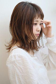 こうすれば幼くならない!大人だから似合う♡「短め前髪」カタログ - LOCARI(ロカリ)