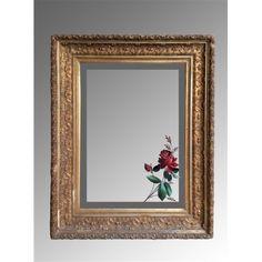 Specchiera dorata con delizioso decoro floreale dipinto a mano sullo specchio realizzata nei primi del '900.