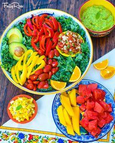 FullyRaw Vegan Cinco de Mayo!! Vegan Mexican Recipes, Vegan Recipes Easy, Raw Food Recipes, Gluten Free Recipes, Ethnic Recipes, Meatless Recipes, Rainbow Salad, Rainbow Food, Raw Bread