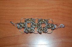 Tante piccole idee realizzate: Braccialetto bimba fatta con anelli.
