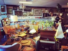 The 60's part of the shop all organized today #proud #60s #retro #retrodesign #oldgoods #shop #forsale by prinsoldgoods