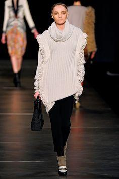 Etro Fall 2011 Ready-to-Wear Fashion Show - Snejana Onopka