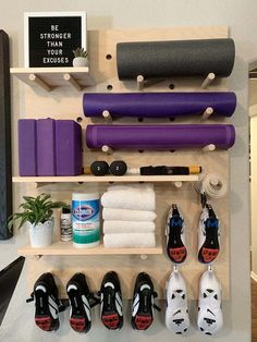 Home Gym Garage, Diy Home Gym, Gym Room At Home, Home Gym Decor, Basement Gym, Basement Remodeling, Crossfit Garage Gym, Basement Makeover, Workout Room Home