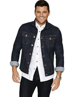 Oh Hi Mark Wright! <3 How gorgeous does he look sporting the Goodsouls denim jacket? Get yours here --> http://fave.co/1pzLhp0 #MarkWright #TOWIE #salemusthave