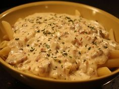 Caesar Pasta Salads, Caesar Salad, Bacon, I Want To Eat, Cheeseburger Chowder, Barbecue, Paste, Soup, Favorite Recipes