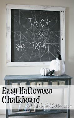 Easy 10 minute Halloween Chalkboard - The Lilypad Cottage