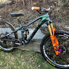 Trek Mountain Bike, Full Suspension Mountain Bike, Mt Bike, Mtb Bicycle, Vtt Dirt, Mtb Enduro, Bike Wallpaper, Trek Mtb, Montain Bike