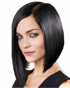 Sizzling Angled Bob Haircuts and Hairstyles for Women to Look Modish and Cute in 2020 Long Bob Hairstyles, Short Hairstyles For Women, Fashion Hairstyles, Bob Lung, Long Asymmetrical Bob, Assymetrical Bob, Medium Hair Styles, Short Hair Styles, Angled Bob Haircuts