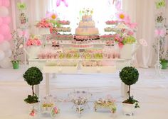sort of how i think my table will look like for the food :) Butterfly Birthday Party Ideas